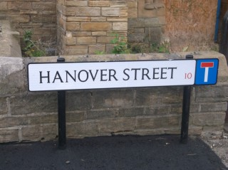 Street Sign for Hanover Street. 2015 | Photo: Our Broomhall