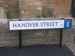 Street Sign for Hanover Street. 2015 | Photo: Our Broomhall
